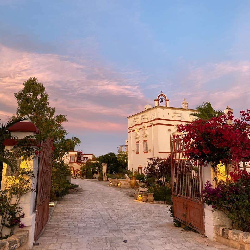 Masseria Montenapoleone wedding venue at sunset
